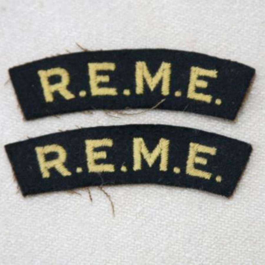 Embroidered REME Cloth Shoulder Titles