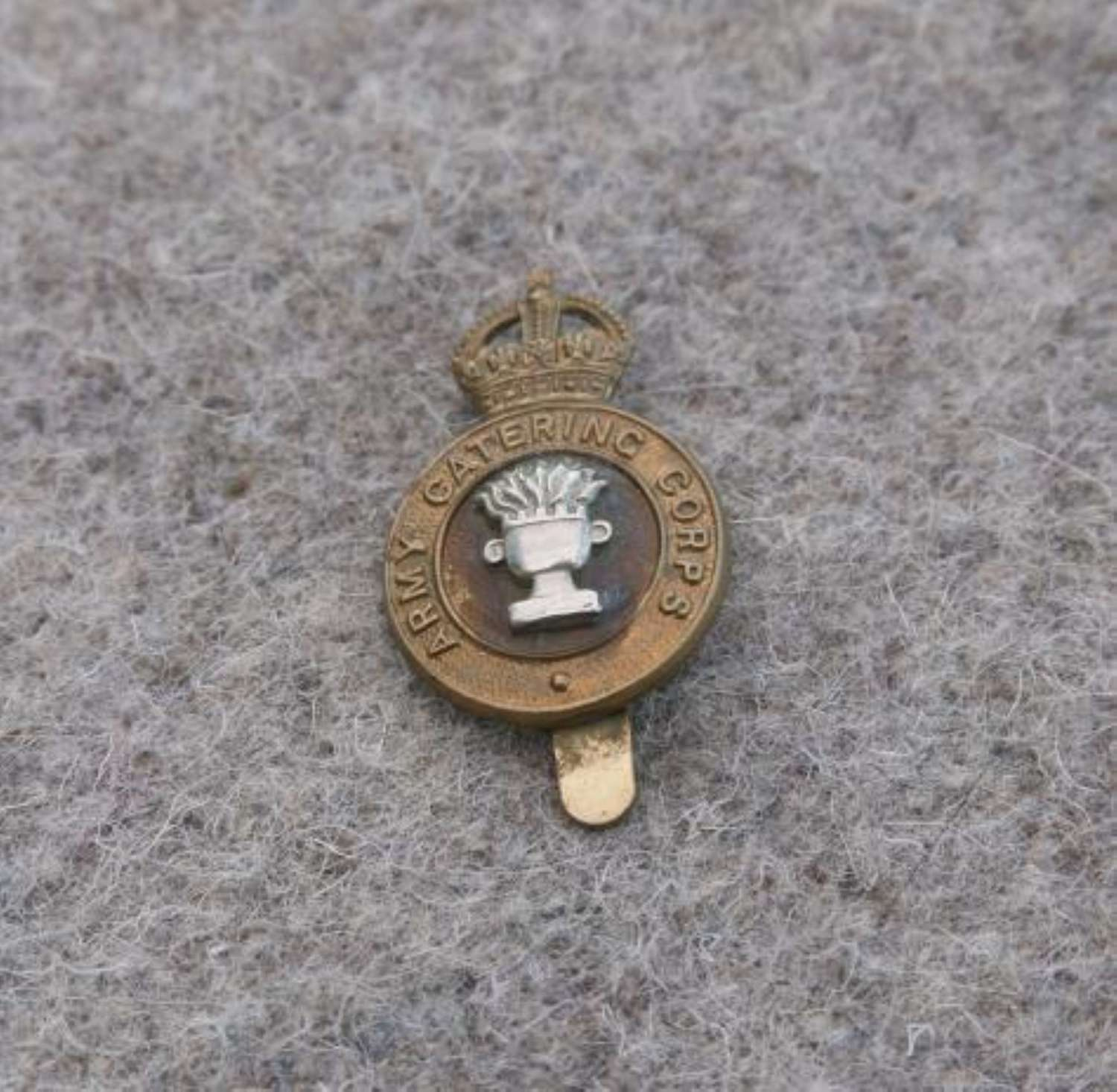 Army Catering Corps Bi-Metal Cap Badge