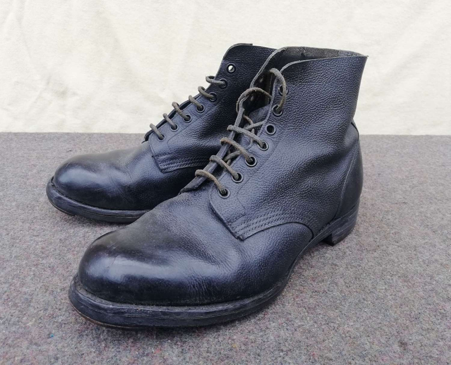1947 Dated RAF/ Navy Pattern Ankle Boots
