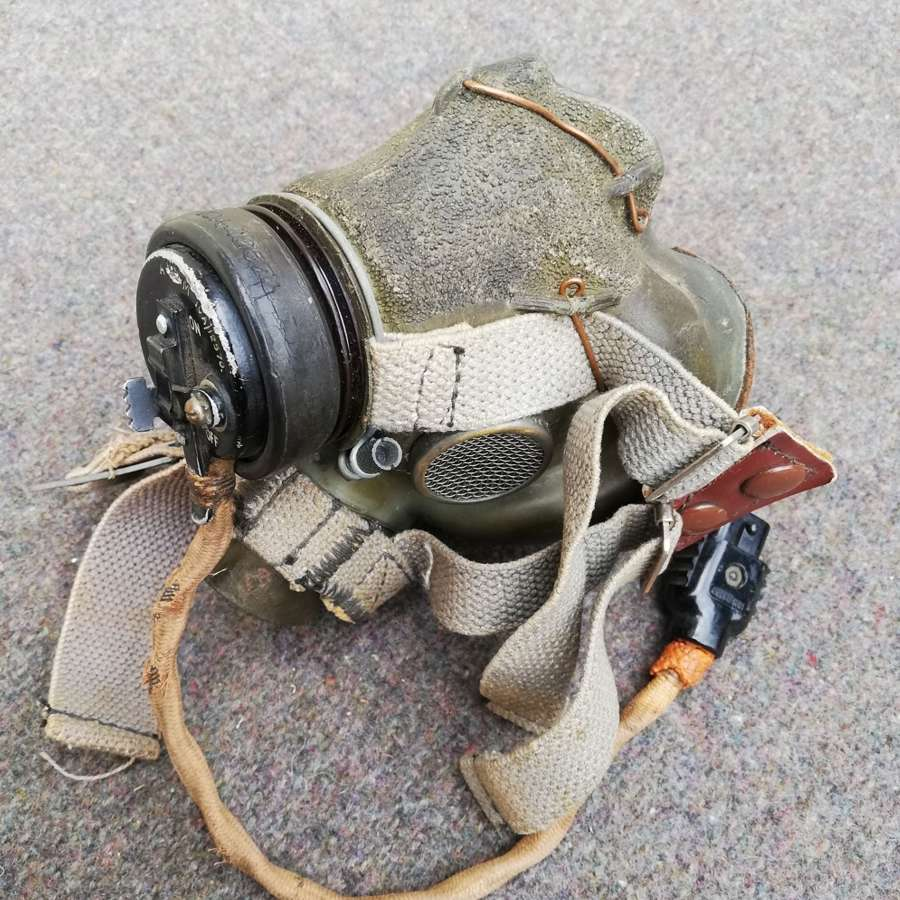 Early RAF G Type Oxygen Mask