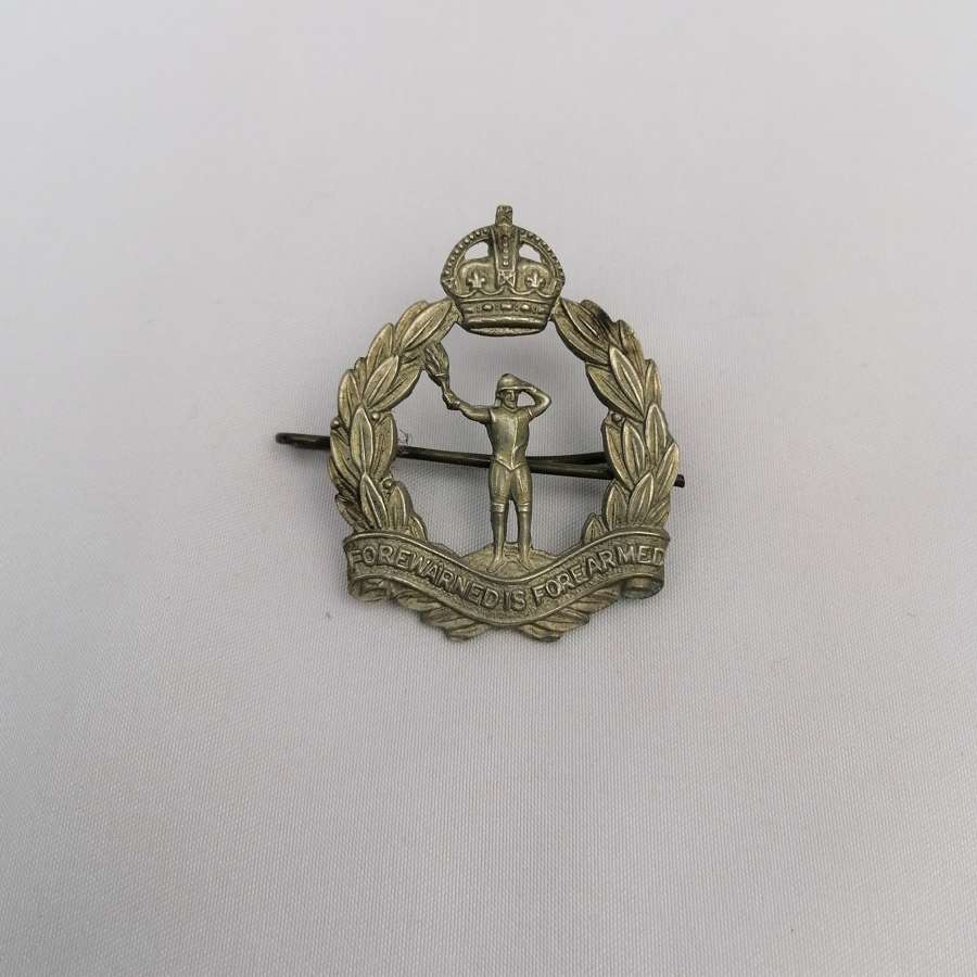 Royal Observer Corps Cap Badge Kings Crown